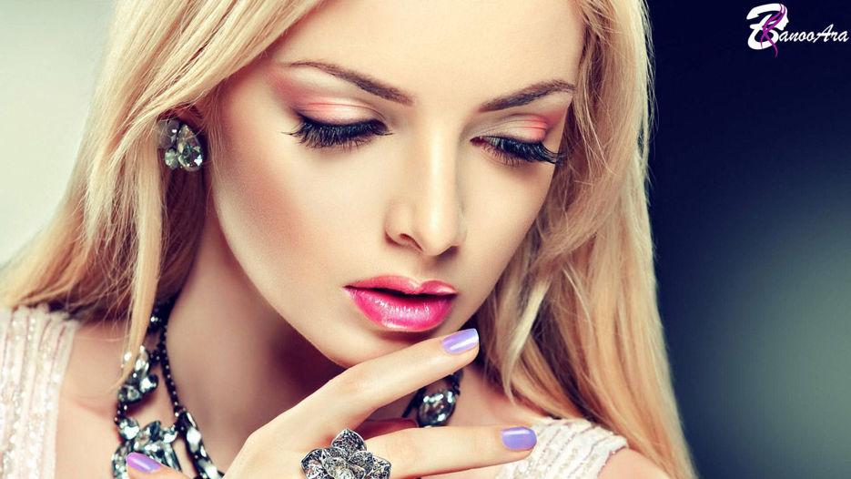 راه هایی برای  پوشاندن پف و ورم صورت با آرایش