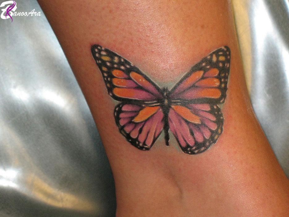 طرح تاتو پروانه روی پا
